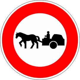acces-interdit-aux-vehicules-a-traction-animale